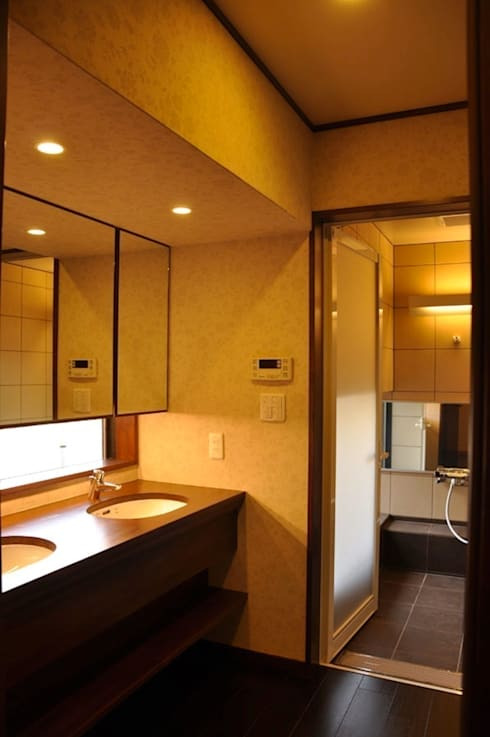 改修後の洗面所: 株式会社一級建築士事務所ジオプラスが手掛けたです。