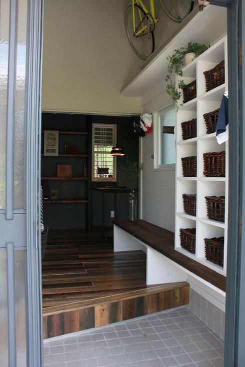 玄関 after写真: 一級建築士事務所 iie designが手掛けたです。