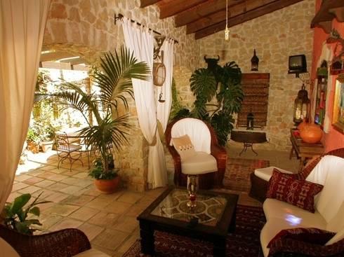 Antiguo molino completamente reformado de karma properties for Decorar casa karma