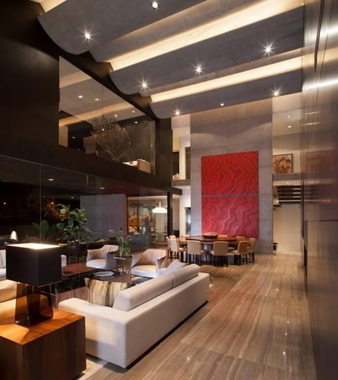 Casa CH: Salas de estilo  por GLR Arquitectos