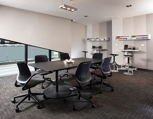 Magma Towers: Estudios y oficinas de estilo moderno por GLR Arquitectos