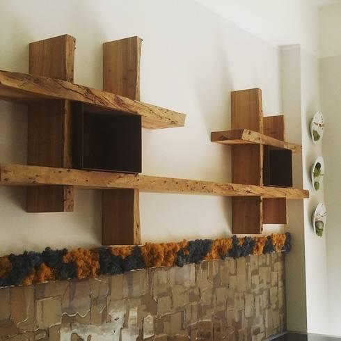 Mensole in legno secolare di aguzzoli arredamenti homify - Legno grezzo mobili ...