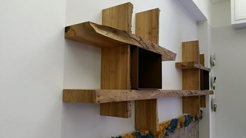 Mensole in legno secolare de aguzzoli arredamenti homify for Mensole legno massello