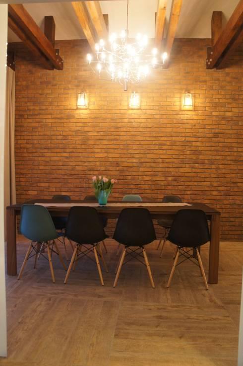 Dom pod Białymstokiem: styl , w kategorii Jadalnia zaprojektowany przez Anna Wrona