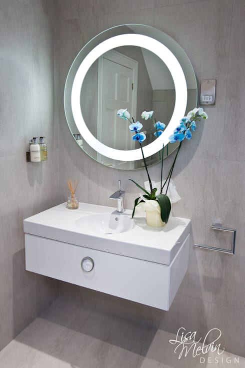 Phòng tắm by Lisa Melvin Design