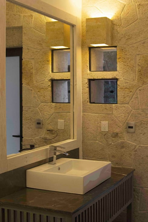 Casa Ixtapan de la Sal - Boué Arquitectos: Baños de estilo  por Boué Arquitectos