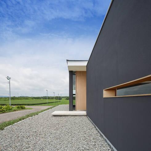 御領の家: 末永幸太建築設計 KOTA SUENAGA ARCHITECTS が手掛けた家です。