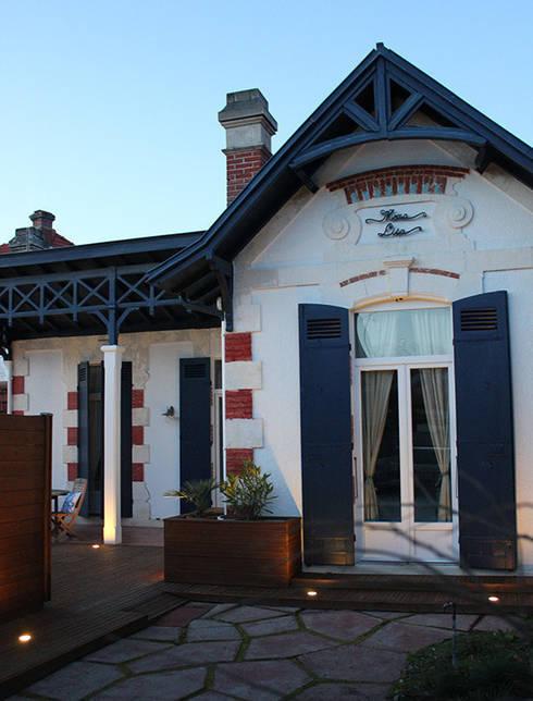 ARCACHON VILLA MONA LISA: Maisons de style de style Colonial par monicacordova