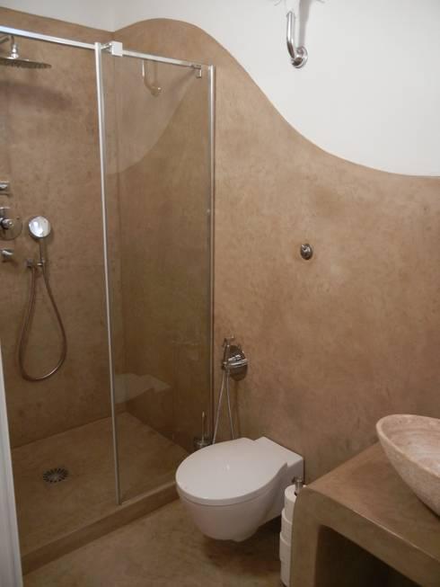 Tadelakt di marrakech nel bagno per gli ospiti del b b di tadelakt keloe homify - Bagno nel box auto ...