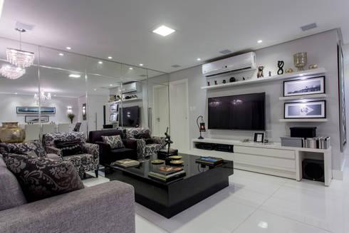 Apartamento Ribeiro: Salas de estar modernas por Bruno Sgrillo Arquitetura