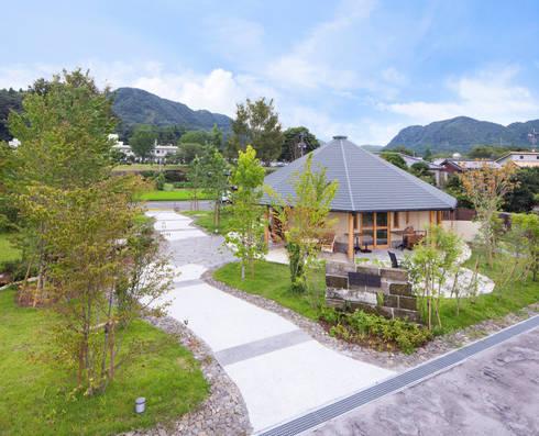 ひなた茶屋~雑木林の小さなカフェ~: 志賀建築設計室が手掛けた家です。