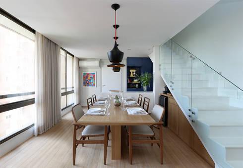 Cobertura – Pinheiros: Salas de jantar modernas por MANDRIL ARQUITETURA E INTERIORES
