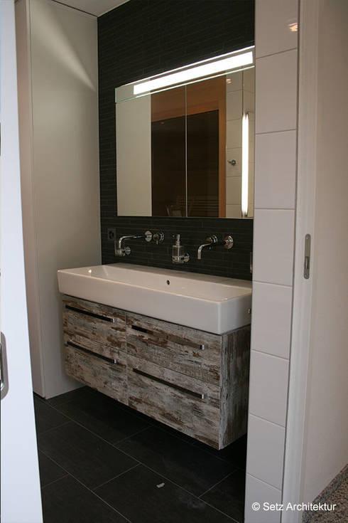 Einfamilienhaus in Muttenz:  Badezimmer von Setz Architektur