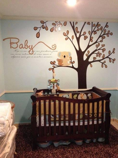 Cuarto bebe : Habitaciones infantiles de estilo  por Arándano Decoraciòn