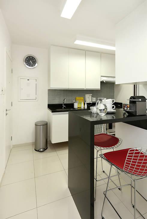 Cozinha: Cozinhas modernas por Casa 2 Arquitetos