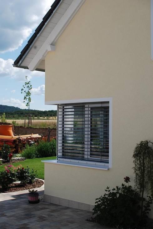 Окна в . Автор – WUNSCHhaus - die innovative Wohnbau GmbH