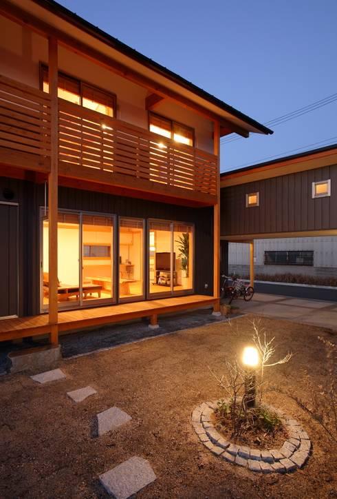 外観: 三宅和彦/ミヤケ設計事務所が手掛けた庭です。