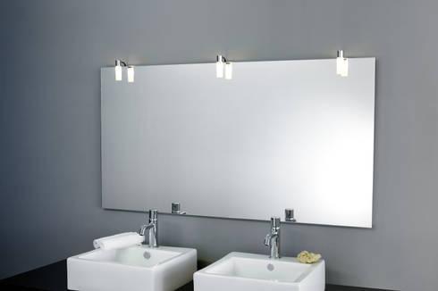 badspiegel mit spiegelleuchte di schreiber licht design gmbh homify. Black Bedroom Furniture Sets. Home Design Ideas