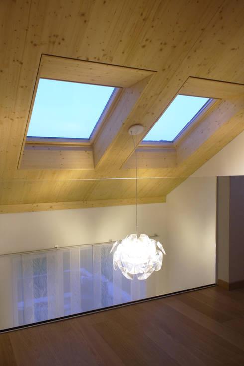 Galerie:  Flur & Diele von wohlgemuth & pafumi | architekten ag