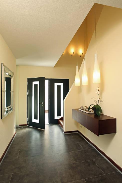 Projekty,  Drwi wejściowe zaprojektowane przez FingerHaus GmbH