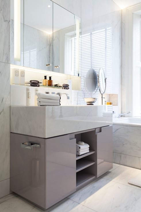 Vanity Unit: modern Bathroom by Ligneous Designs