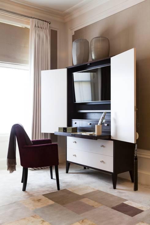 Chambre de style de style Moderne par Ligneous Designs