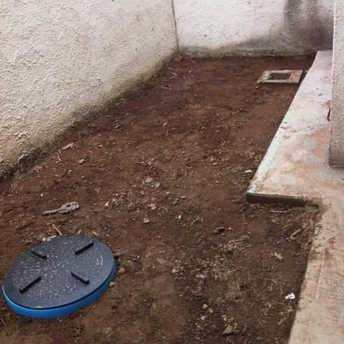 Un patio muy pequeño - 12 m2:  de estilo  por Zen Ambient