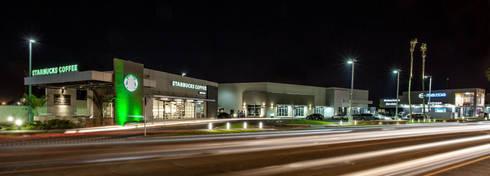 PLAZA DEL VALLE MEXICALI,MEXICO: Centros Comerciales de estilo  por Grupo HEER arquitectura + contruccion