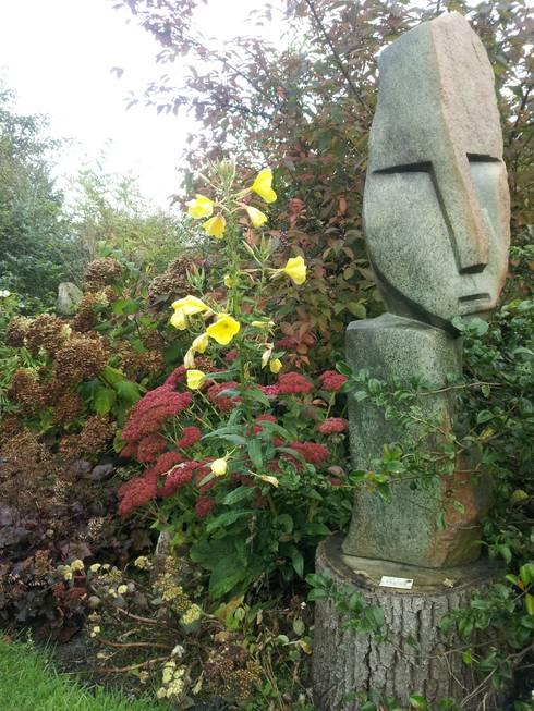 sfghsfgh: moderne Tuin door BANY International B.V.