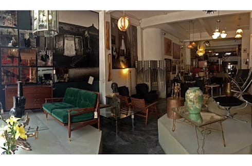 Trouvé: Salas de estilo moderno por trouvé