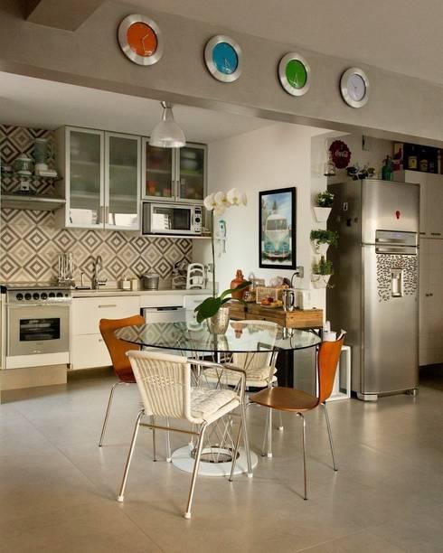 Projekty,  Kuchnia zaprojektowane przez Boutique Arquitetura