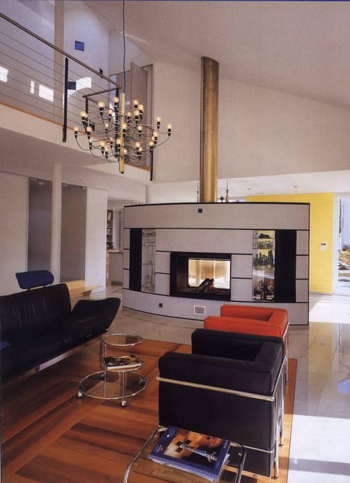 EFH Binder von Hoesslin, Dättlikon:  Wohnzimmer von Binder Architektur AG