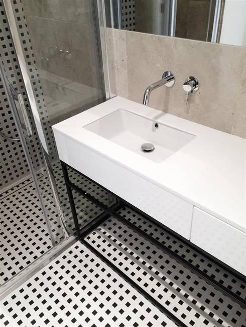 حمام تنفيذ Projektowanie Wnętrz Suspenzo