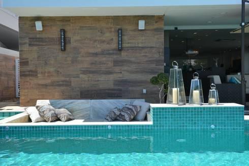 Condomínio dos Bosques – Atlântida: Piscinas modernas por Eliane Fanti Arquitetura