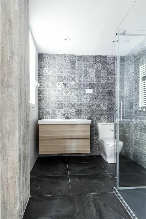 Bathroom by MÓRULA