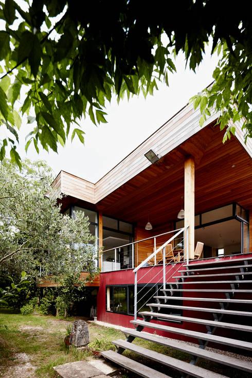 EXTENSION MAISON M33: Maisons de style  par Cendrine Deville Jacquot, Architecte DPLG, A²B2D