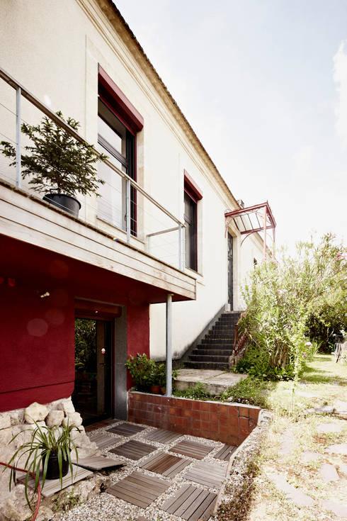บ้านและที่อยู่อาศัย by Cendrine Deville Jacquot, Architecte DPLG, A²B2D