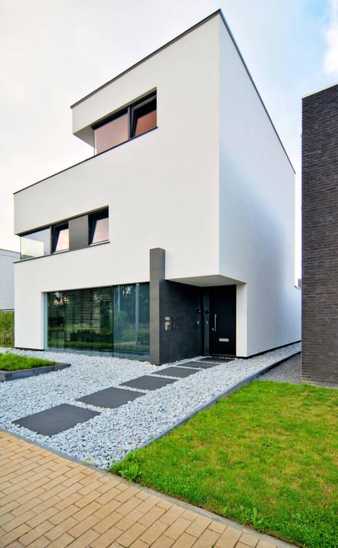 K&N 5:  Huizen door CKX architecten
