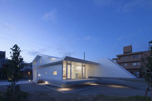 外観夜景: 森裕建築設計事務所 / Mori Architect Officeが手掛けた家です。
