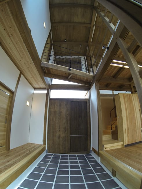 土間: Interstudio  Architects & Associates Japanが手掛けた和室です。