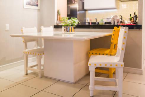 Edificio Jangada: Sala de jantar  por Bloom Arquitetura e Design