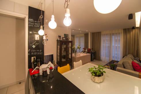 Edificio Jangada: Salas de jantar modernas por Bloom Arquitetura e Design