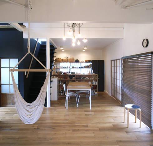 「AKIYA HOUSE」: vibe design inc.が手掛けたダイニングです。