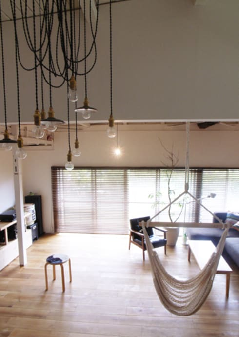 「AKIYA HOUSE」: vibe design inc.が手掛けたリビングです。
