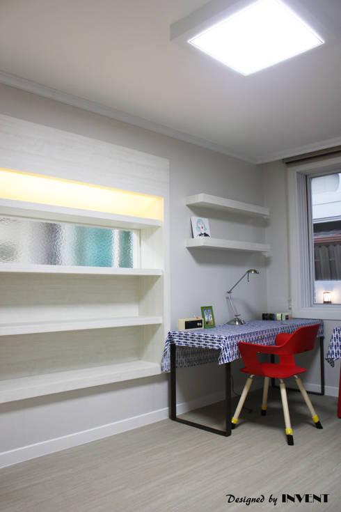 Projekty,  Pokój dziecięcy zaprojektowane przez 인벤트 디자인