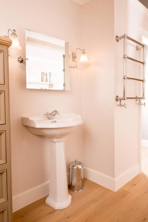 Ванная комната в . Автор – Kenny&Mason
