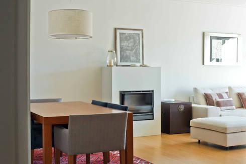 DEPOIS - Sala: Salas de estar modernas por Germano de Castro Pinheiro, Lda