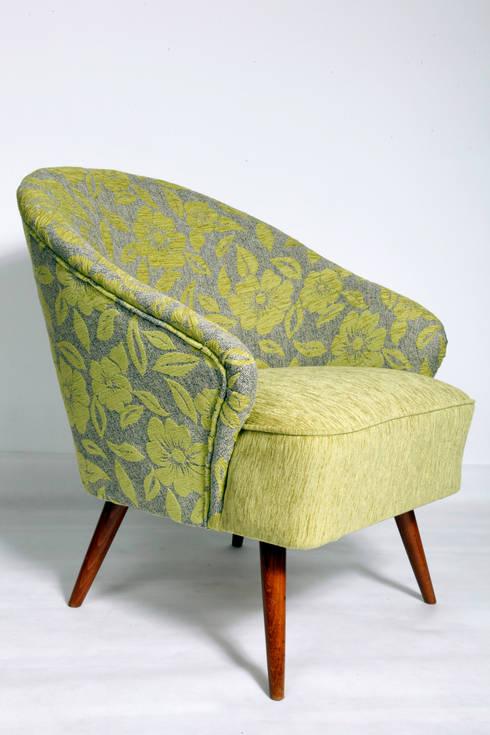 Fotel Zielony w Kwiaty, lata 60.: styl , w kategorii Salon zaprojektowany przez Lata 60-te
