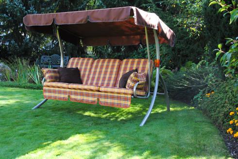 hollywoodschaukeln im garten von angerer freizeitm bel. Black Bedroom Furniture Sets. Home Design Ideas