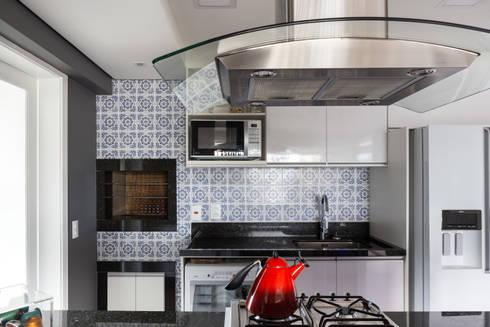 Cozinha: Cozinhas rústicas por Juliana Damasio Arquitetura